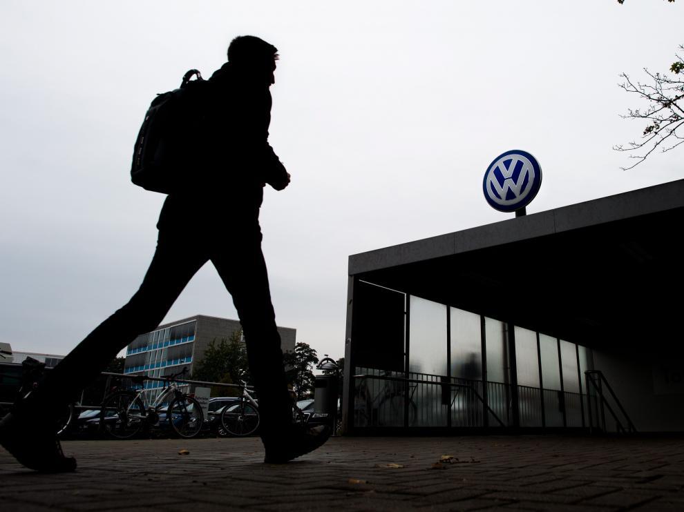 ?El teléfono para los afectados de Volkswagen carece de información relevante.