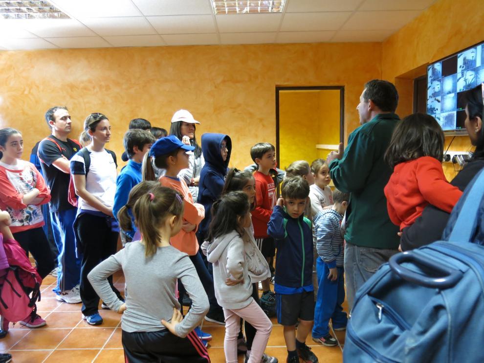 Entre semana se organizan diferentes actividades dirigidas a colegios y grupos de escolares.