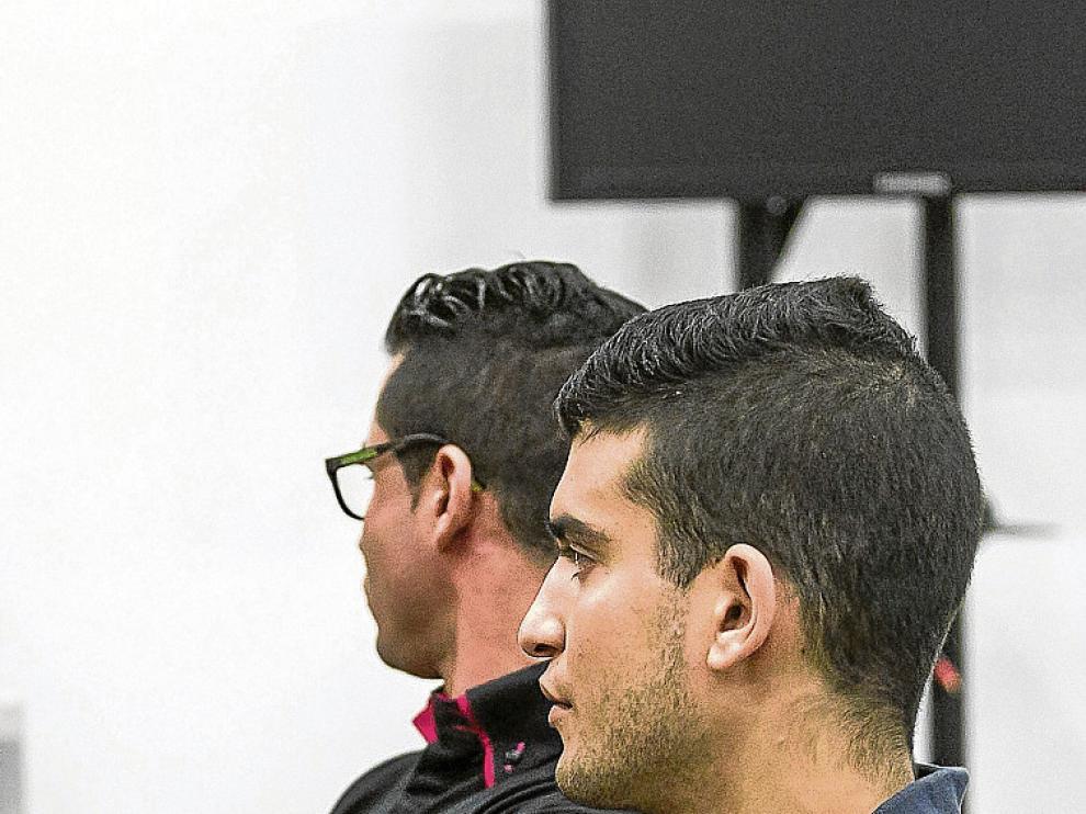 Francisco  Rodríguez (en primer plano), junto a José R. Trinidad.