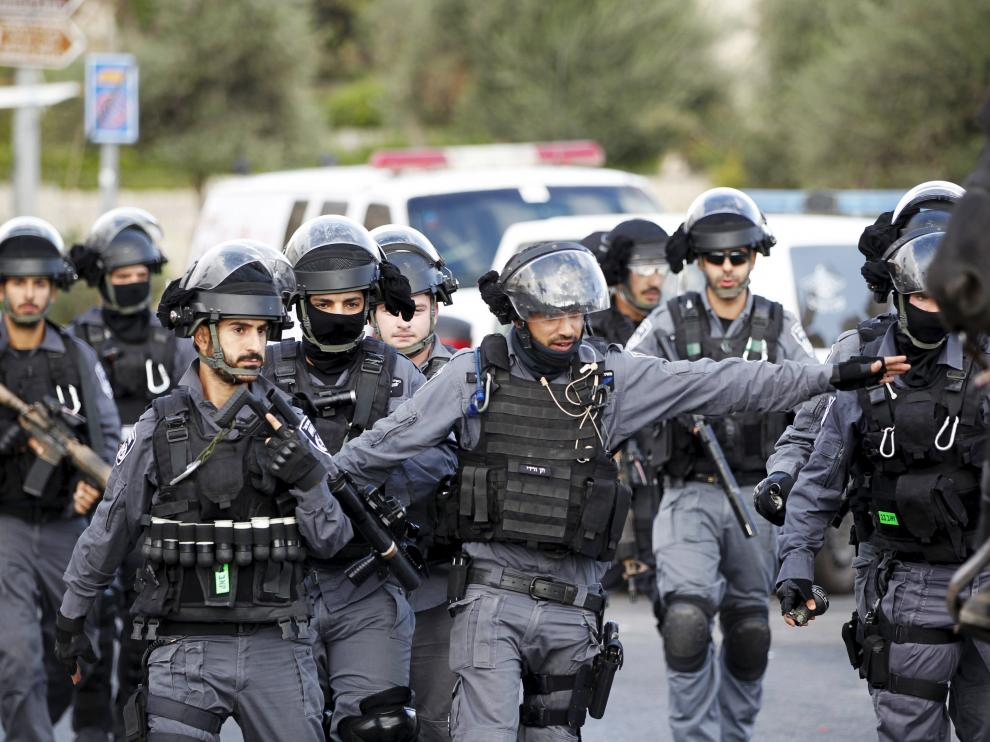La policía israelí ha acordanado la zona.