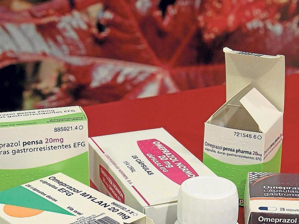 Imagen de archivo de diferentes presentaciones de medicamentos genéricos.