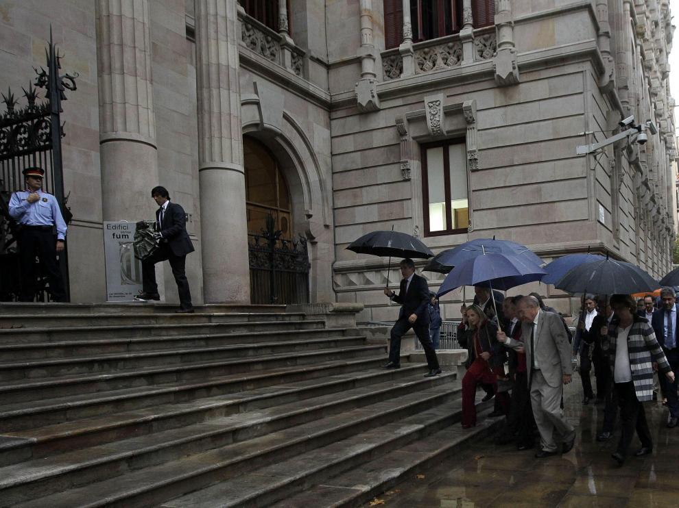 Joana Ortega acude a declarar arropada por el Gobierno catalán