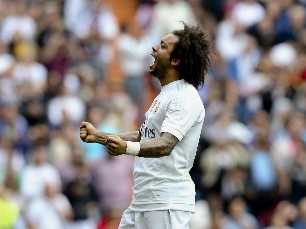 Marcelo celebrando su gol.