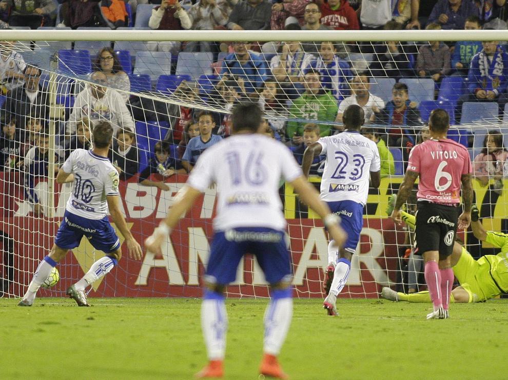 Ortuño marca el primer gol del Real Zaragoza