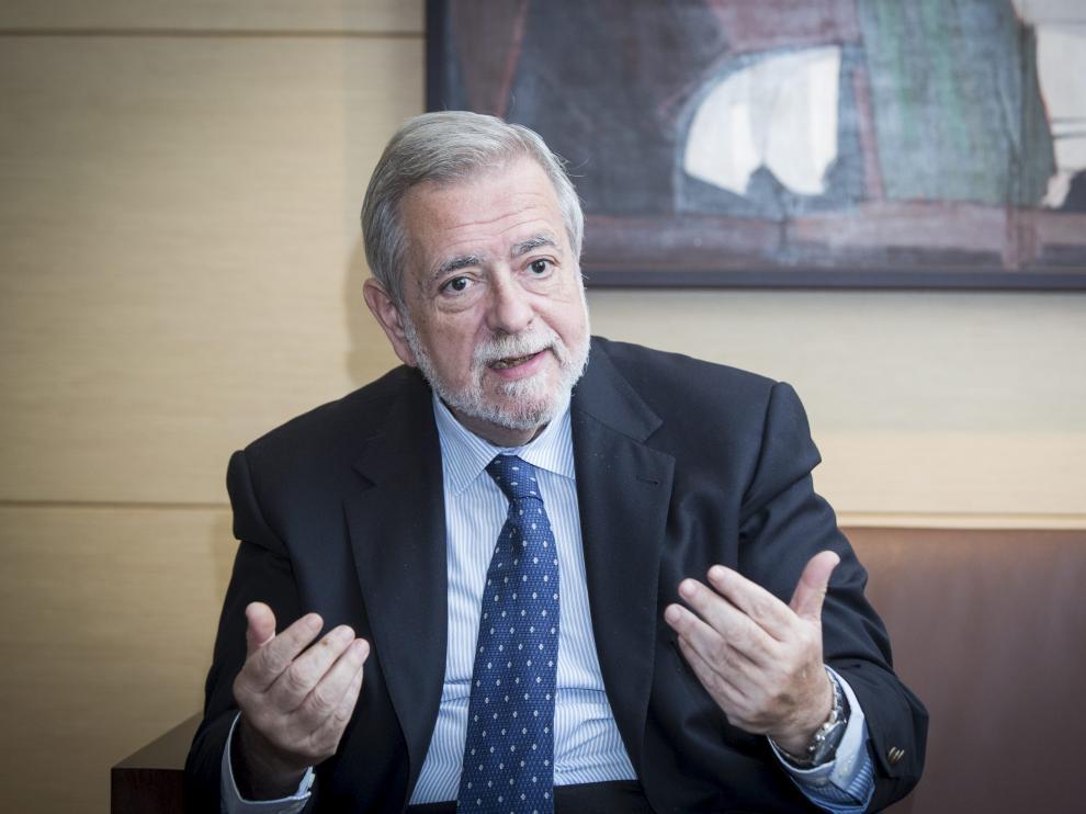 Antonio Beteta, Secretario de Estado de Administraciones.