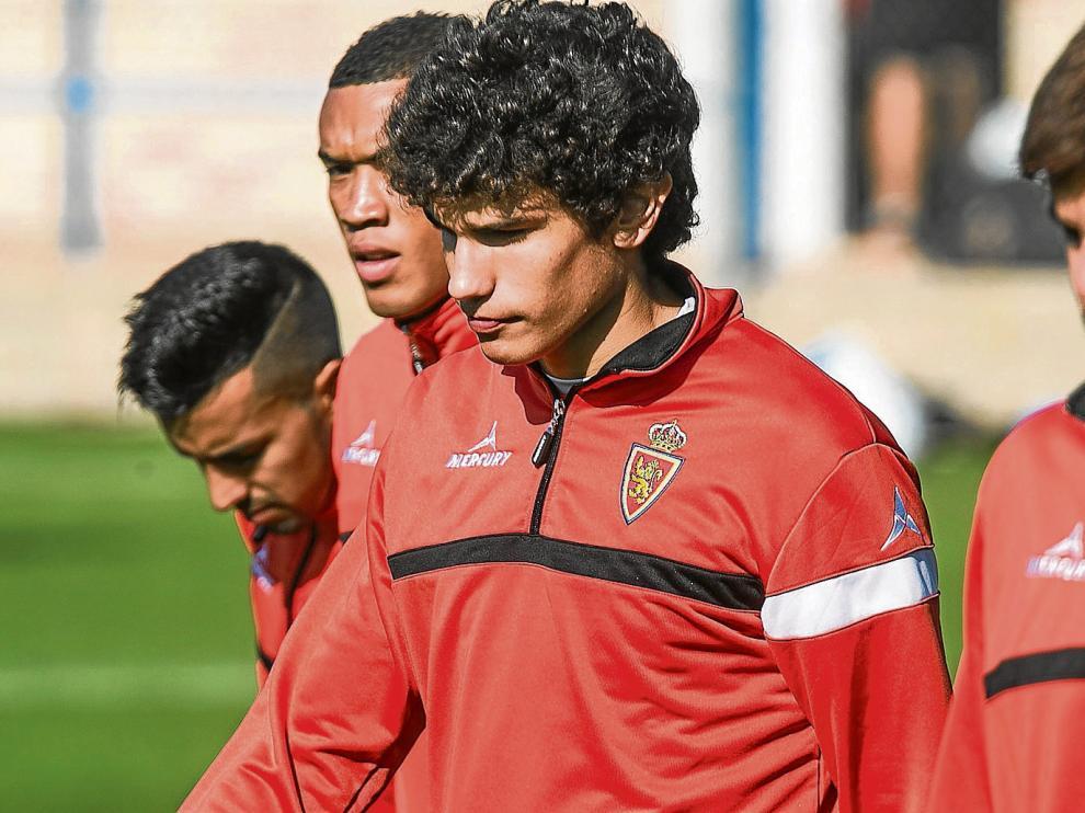 En el centro de la imagen, Jesús Vallejo. A su derecha, Freddy Hinestroza.