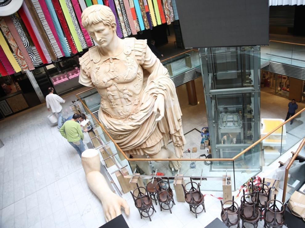 Nueva estatua de César Augusto en Puerta Cinegia