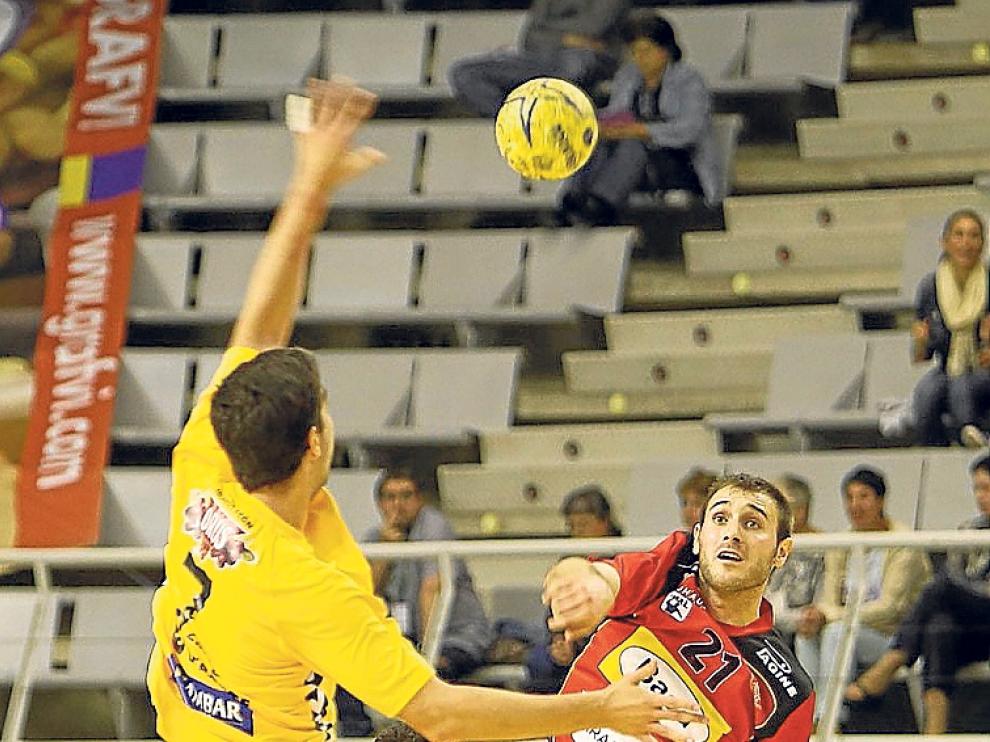 BM Aragón y Bada Huesca, representantes en la Liga Asobal.