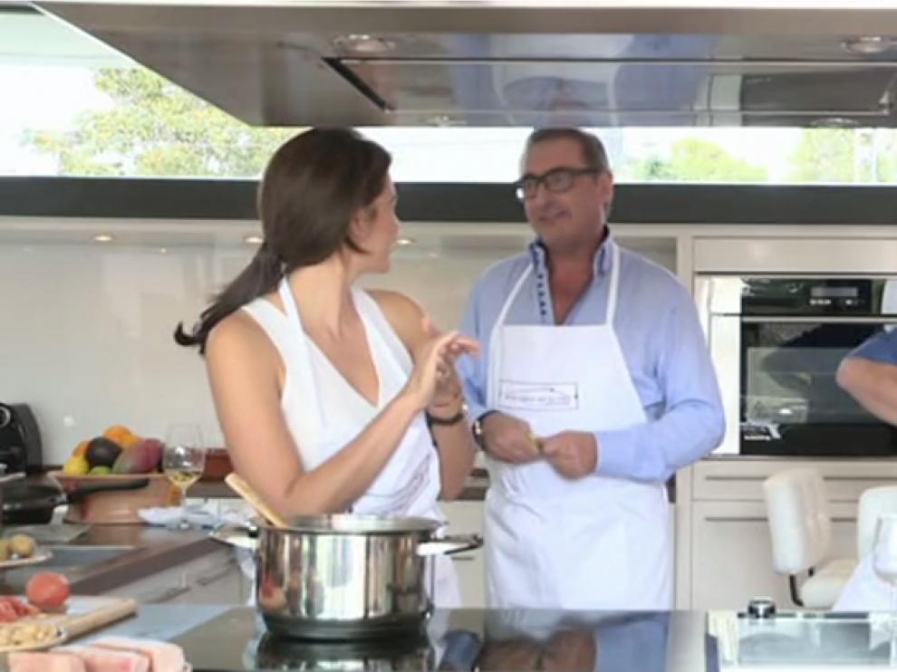 El periodista Carlos Herrera cocinará junto a Bertin Osborne en 'En la tuya o en la mía'