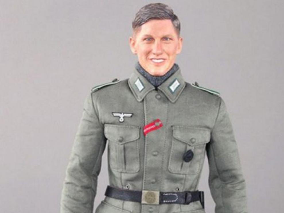 Una imagen del muñeco nazi llamado Bastian