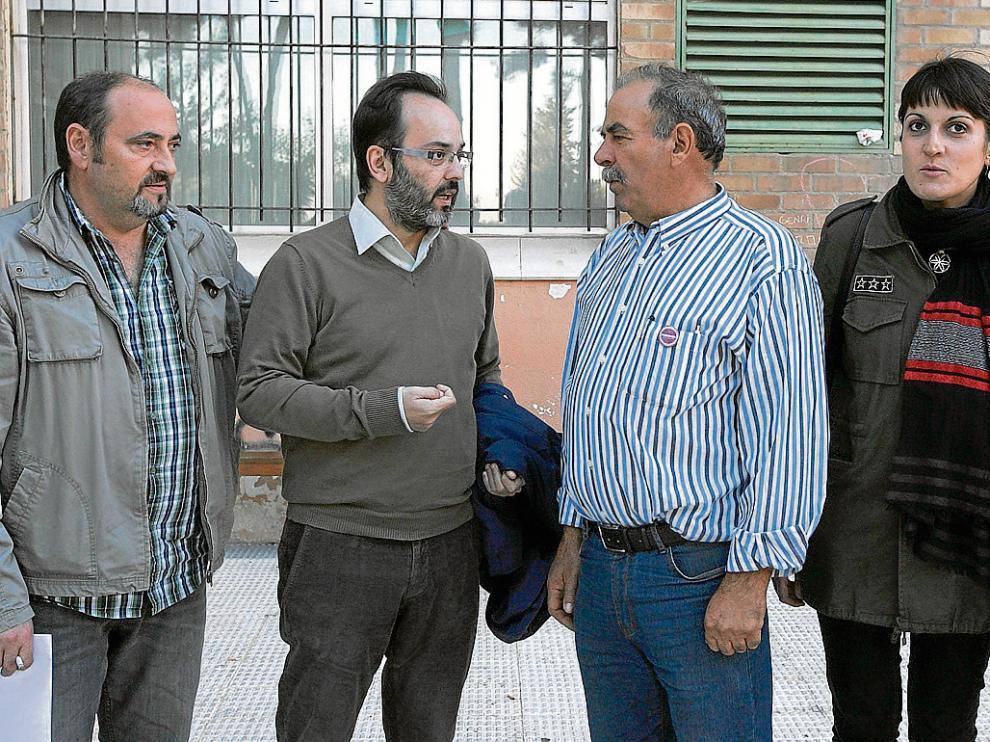 Chabier Vicente, José Francisco, Julián Castellor y Marie Calvo antes de la rueda de prensa.