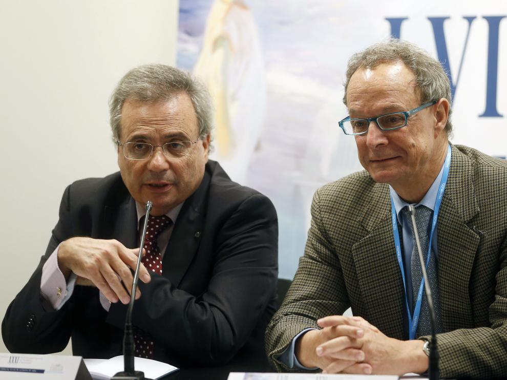 El director de la ONT, Rafael Matesanz, y el presidente de la SEHH, José María Moraleda.