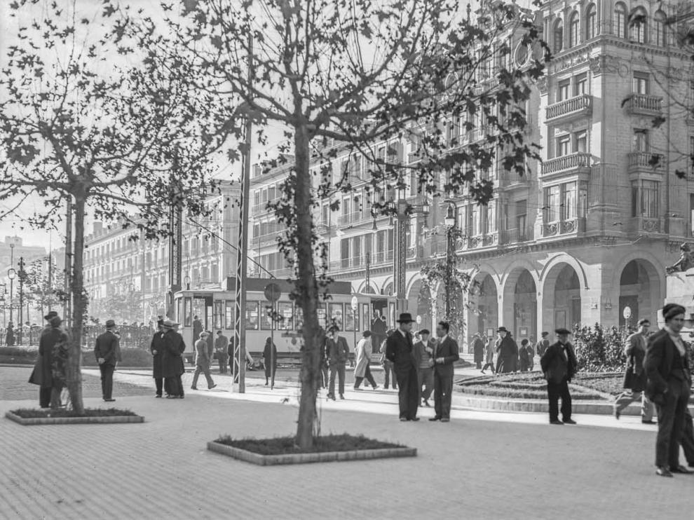 El paseo Independencia, en una de las fotografías de la muestra