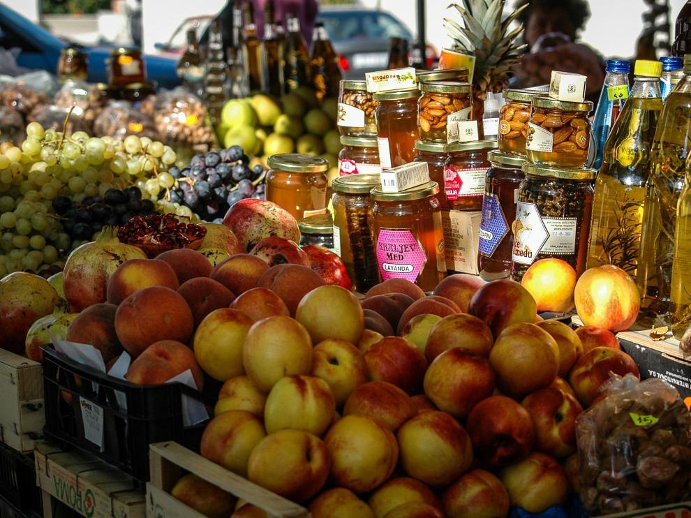Mercado de fruta ecológica.