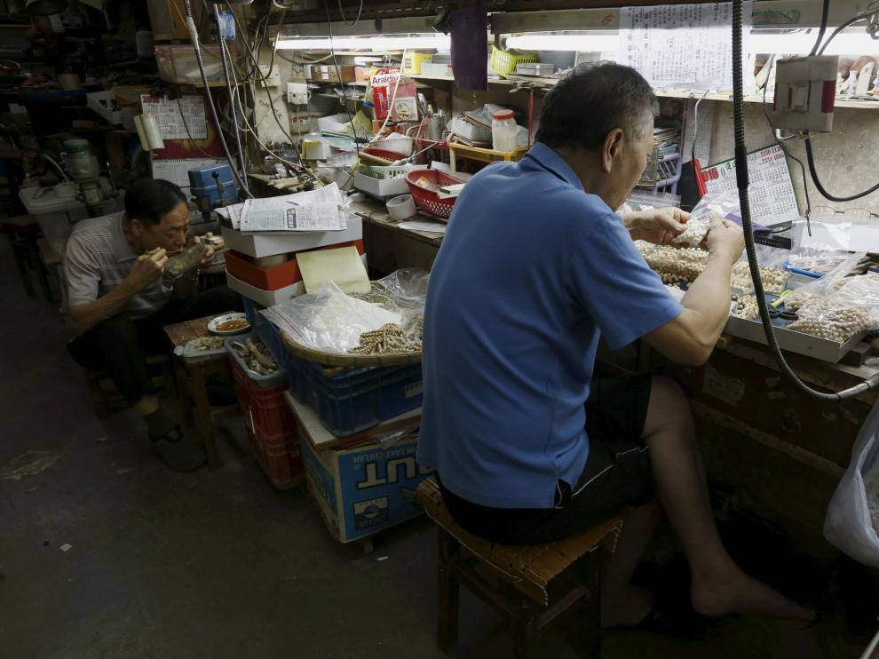 China, la fábrica del mundo, se encomienda al sector servicios