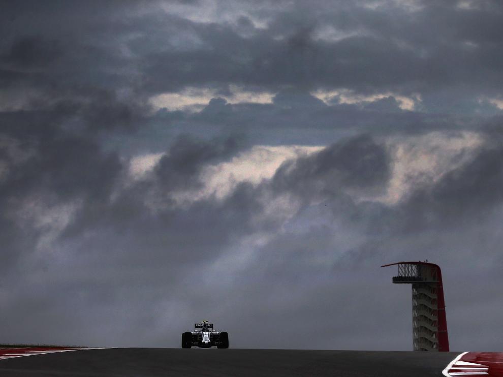 La tormenta, sobre el circuito de Austin