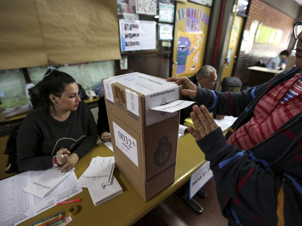 La alianza del opositor Macri afirma que habrá segunda vuelta en Argentina.