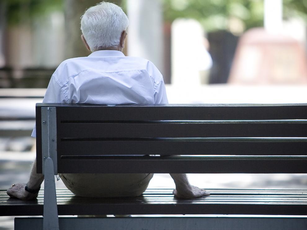 Ocho mil aragoneses reconocen que viven sin familia ni amigos en los que apoyarse