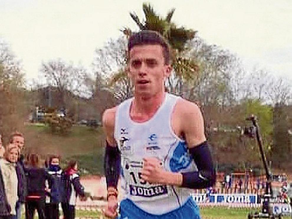 El aragonés Carlos Mayo, nuevo fichaje del Adidas Running.