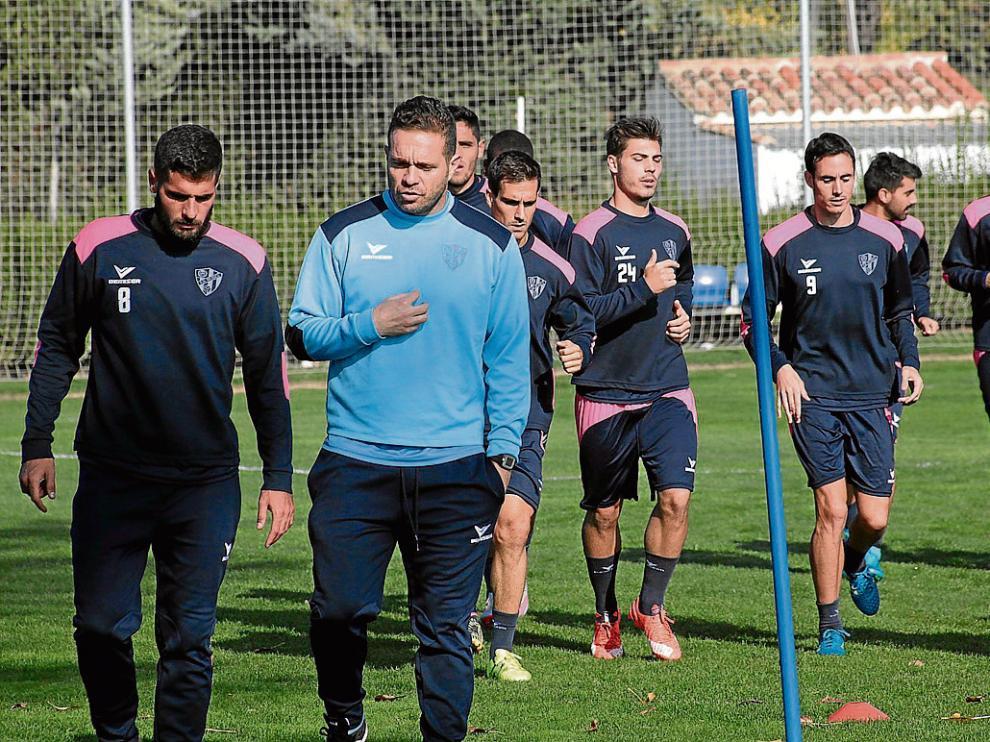 Tevenet tuvo una larga charla ayer con Fran Mérida durante el entrenamiento.