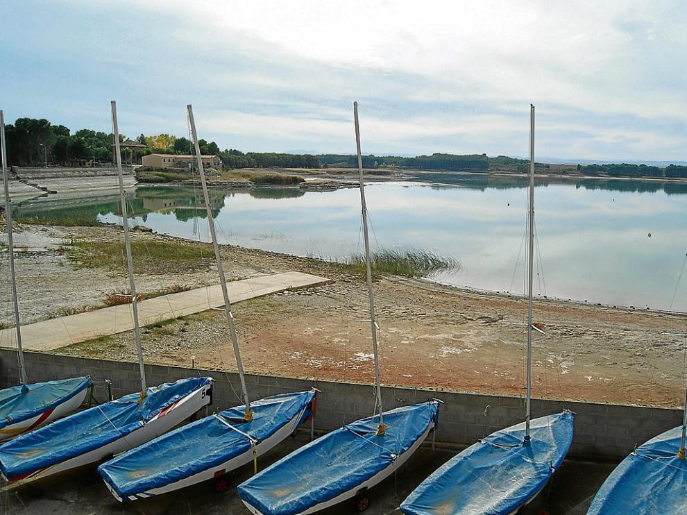 El desembalse va reduciendo paulatinamente el caudal de la Estanca.