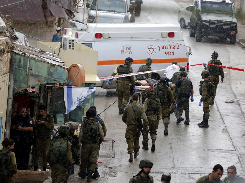 Un palestino herido grave tras un intento de agresión en Hebrón