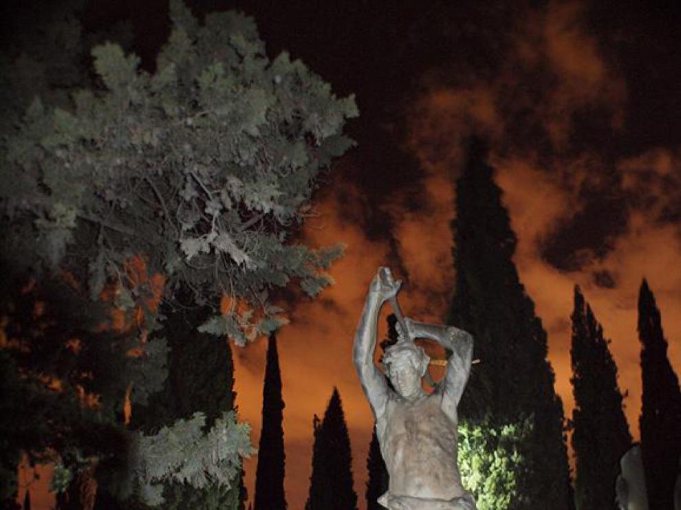 """Imagen de """"Una noche en el cementerio""""."""