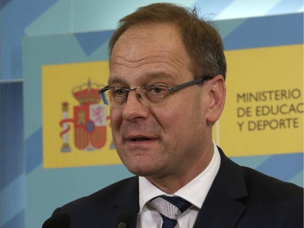 Ministro de Educación cultura y deporte, Méndez de Vigo