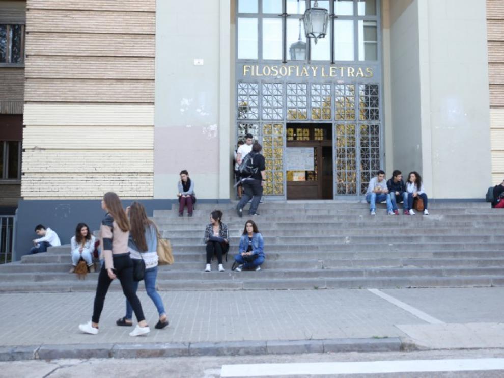 Facultad de Filosofía y Letras de la Universidad de Zaragoza.