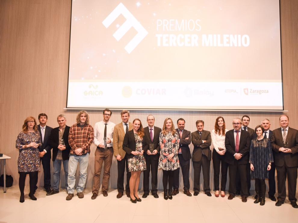 Entrega de la primera edición de los Premios Tercer Milenio