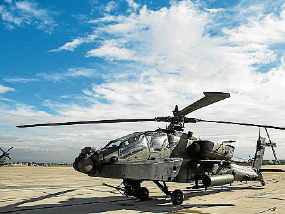 Helicópteros Apache de la 12 Cía.