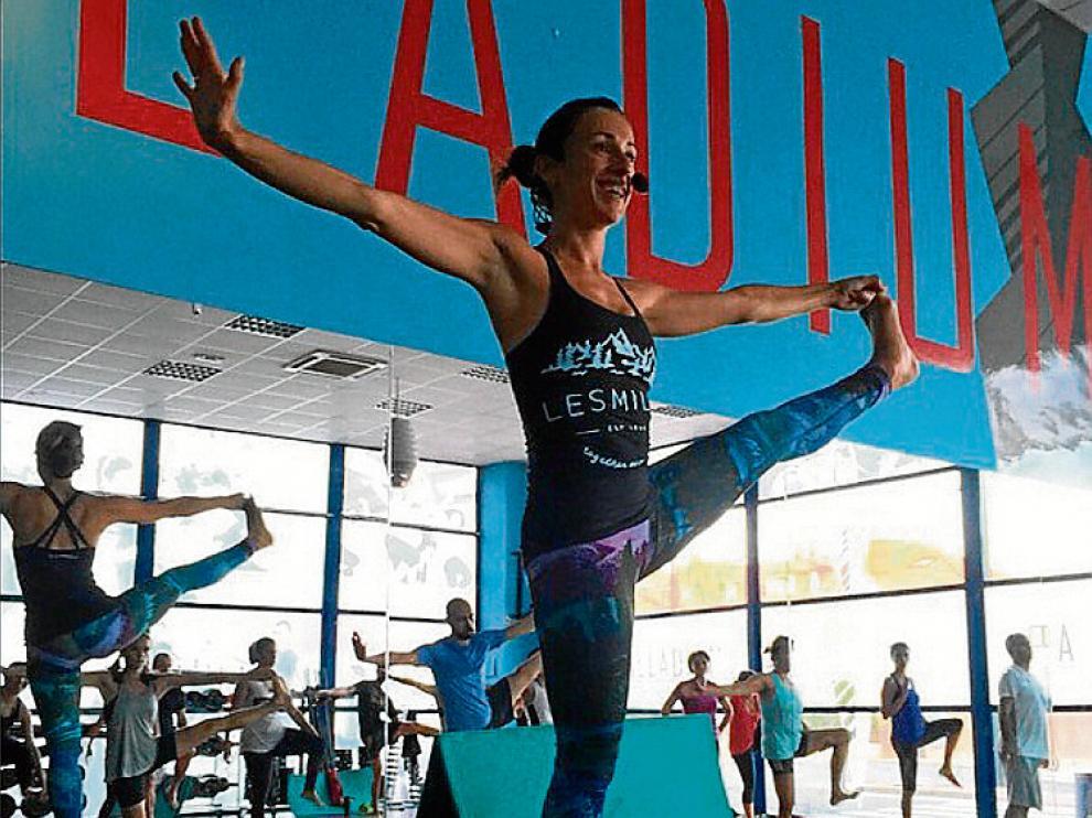 Sara Gómez, durante una sesión de fitness en el gimnasio Palladium.