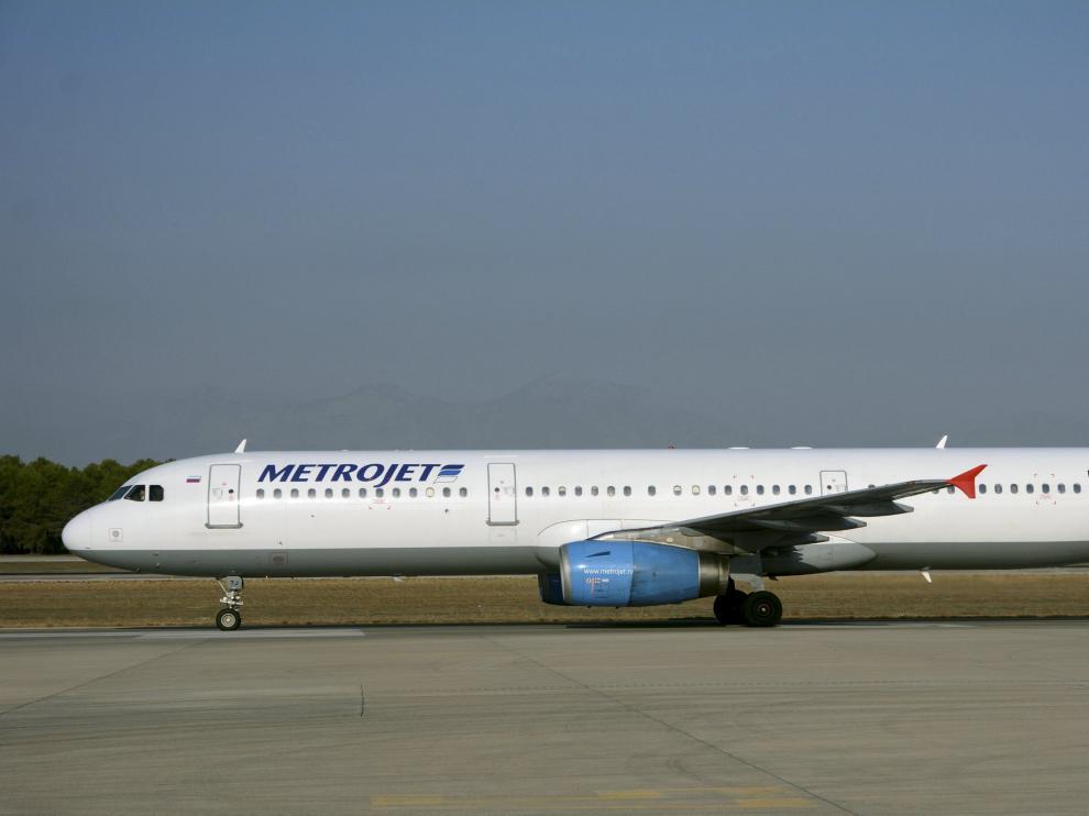 El aparato, un Airbus 320, volaba desde la localidad turística de Sharm el Sheij a la ciudad rusa de San Petersburgo