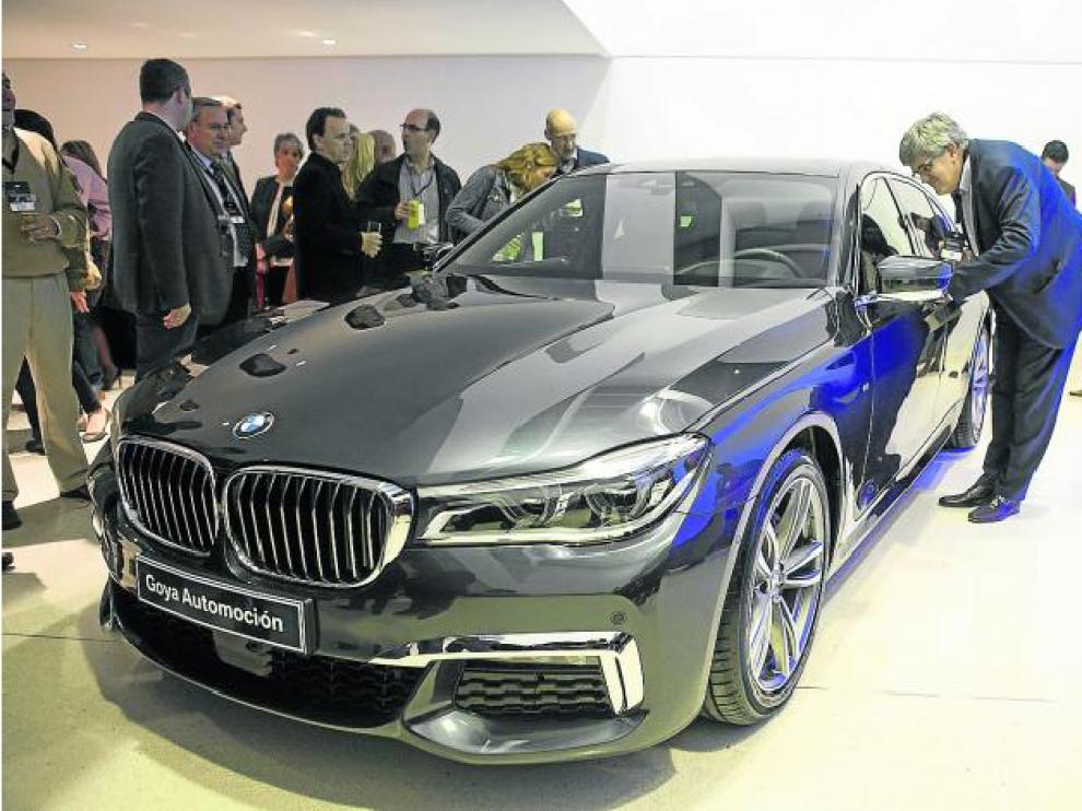 Goya Automoción presentó el nuevo Serie 7, una berlina superlativa, cargada de lujo, diseño y tecnología.