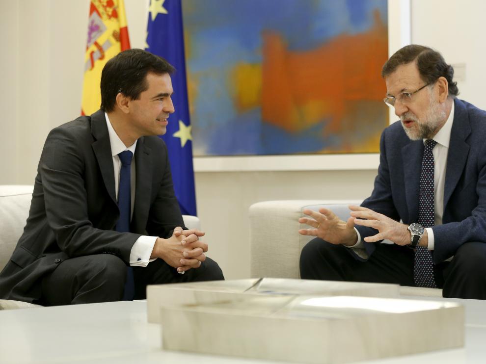 Mariano Rajoy, durante una reunión con el líder de UPyD, Andrés Herzog.