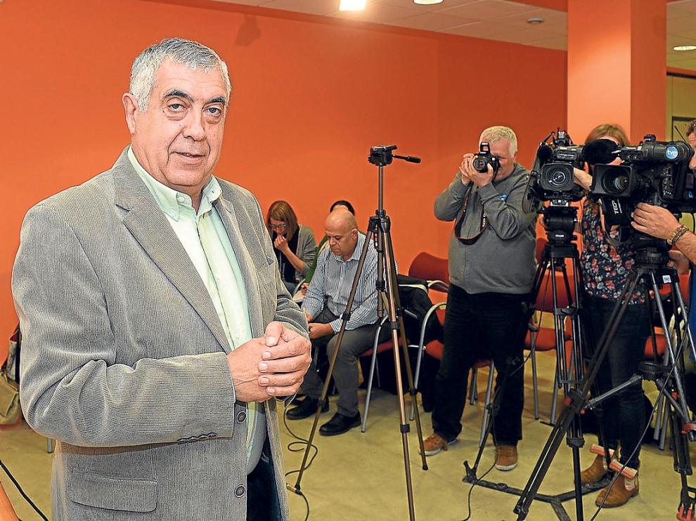 Arrufat, en la rueda de prensa donde explicó las razones de su renuncia al cargo.