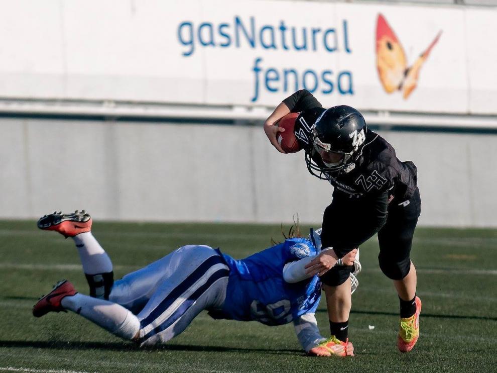 Óscar, en un partido de fútbol americano con los Zaragoza Hurricanes.
