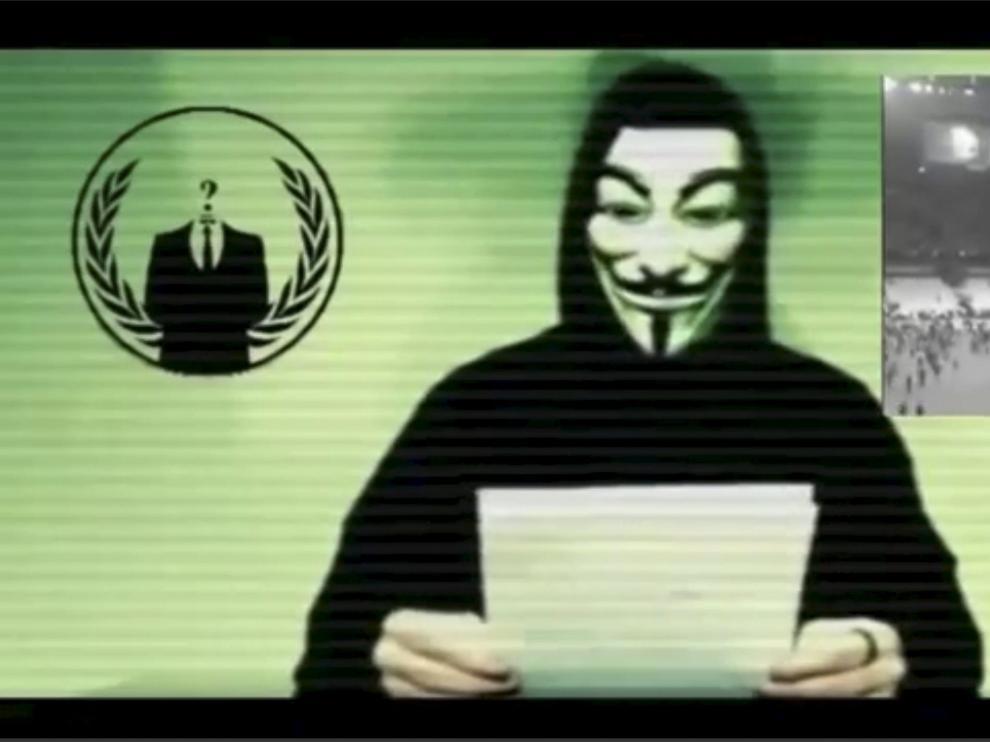 Fotograma del vídeo de Anonymous.