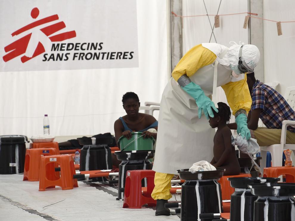 Imagen de archivo de un centro de tratamiento para el ébola de Médicos Sin Fronteras, en Monrovia.