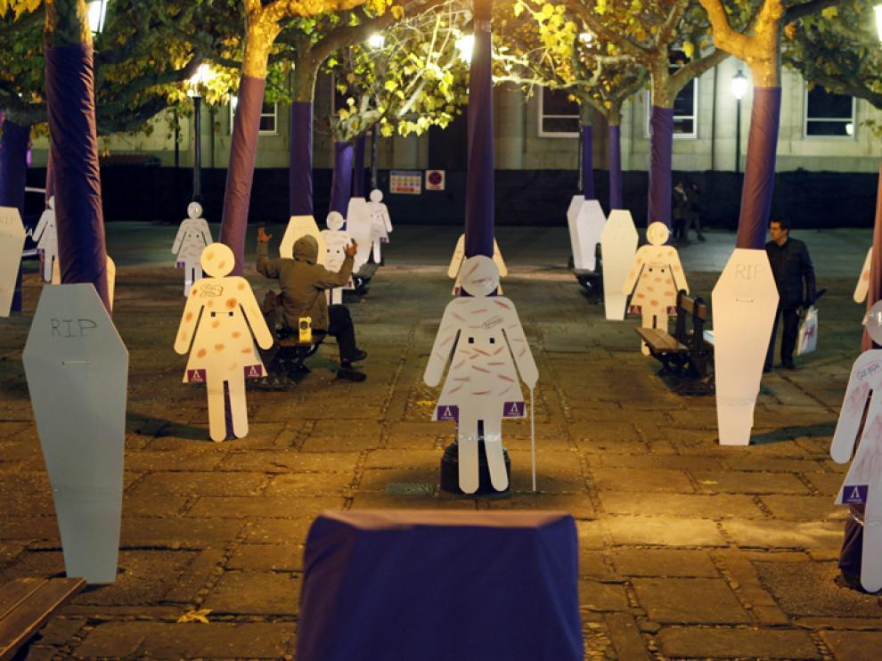 Representación de las mujeres maltratadas llevada a cabo en Soria por la asociación Antígona.