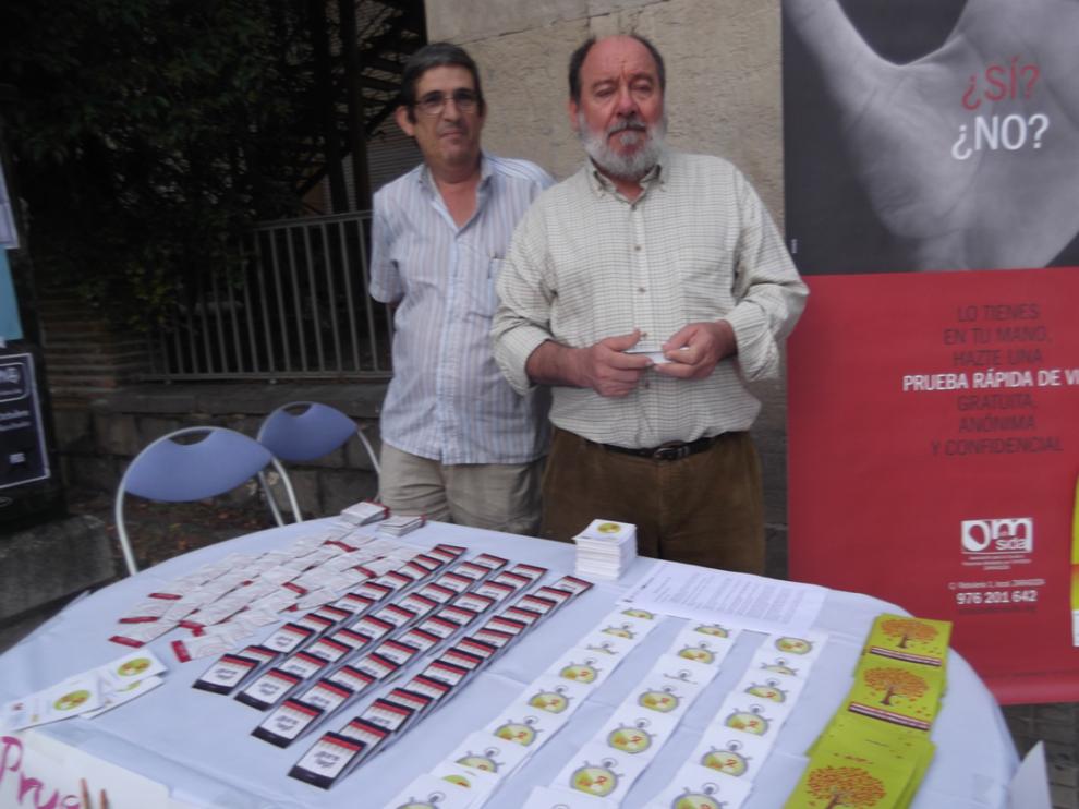 Imagen de archivo de los actos de sensibilización realizados en Zaragoza con motivo del Día Mundial de la lucha contra el Sida.