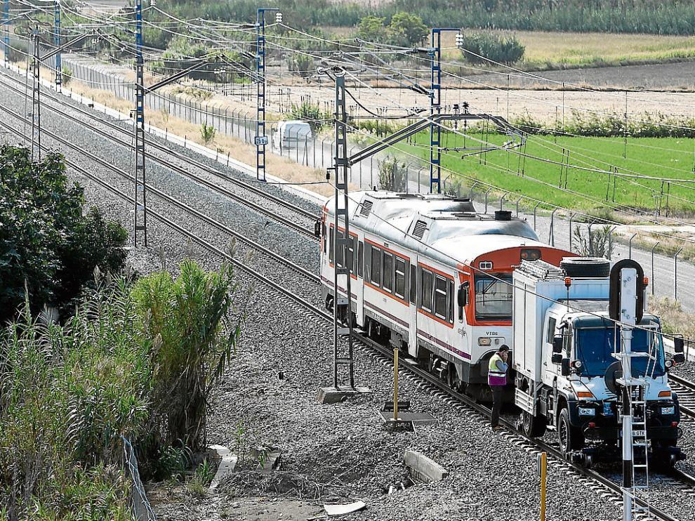 """La propia compañía Renfe reconoce el""""aumento considerable de las averías""""  de sus trenes en su informe de seguimiento del convenio con la DGA."""