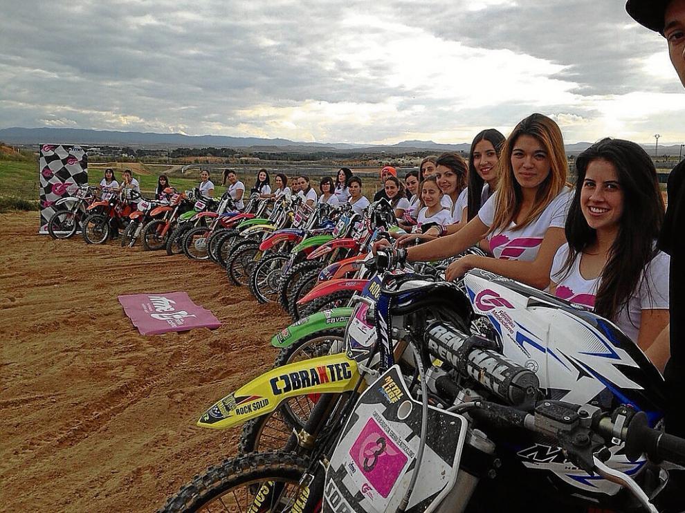 Participantes del campus de motocross y enduro celebrado el año pasado en Motorland.