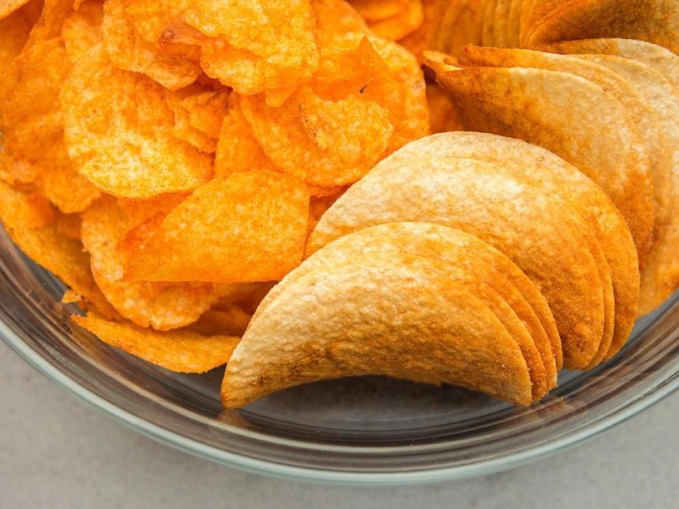 Hasta ahora se han alcanzado reducciones de un 18% de sal en patatas fritas y un 13% en snacks para mejorar el perfil nutricional de estos productos.
