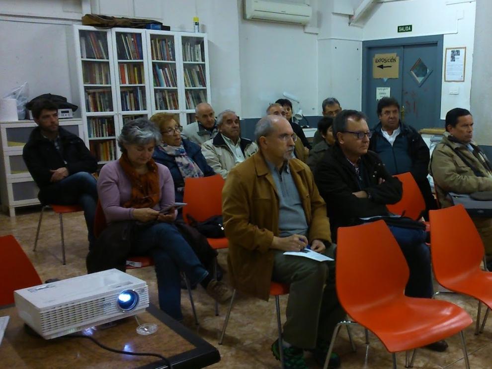 Las sesiones del ciclo Las otras historias tienen lugar en la sede de la Asociación de Vecinos Venecia-Montes de Torrero