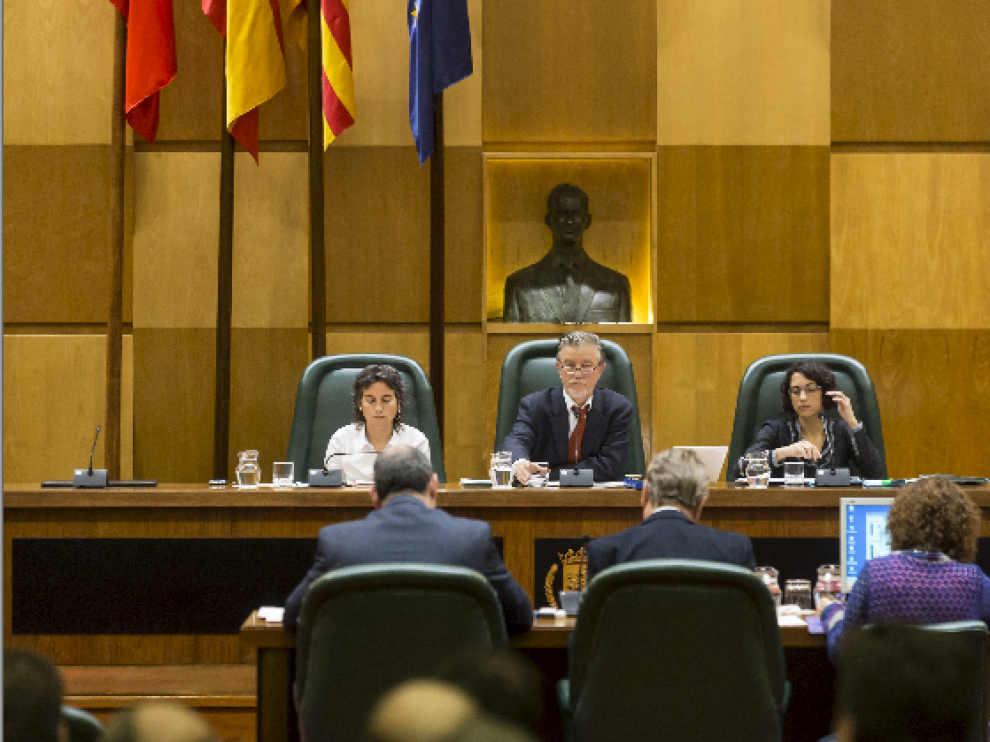 Una imagen del pleno de este miércoles en el Apuntamiento de Zaragoza.