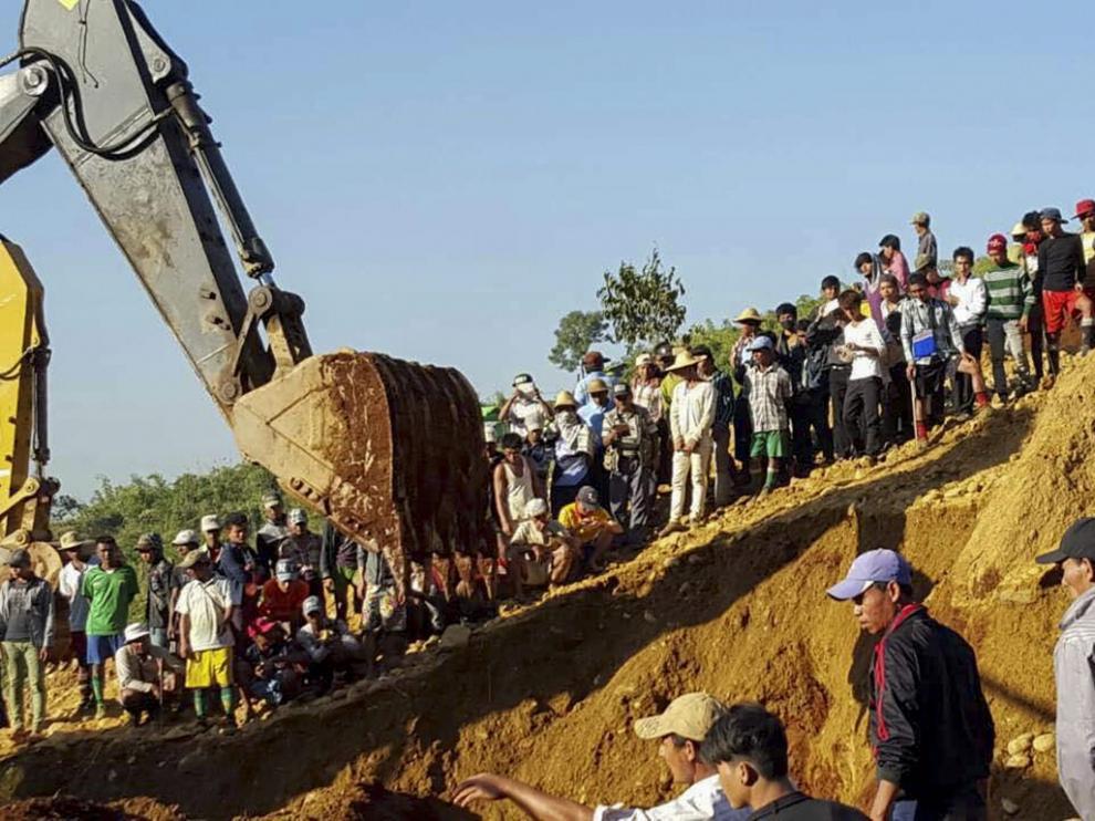 Decenas de muertos en un corrimiento de tierra en una mina de jade birmana