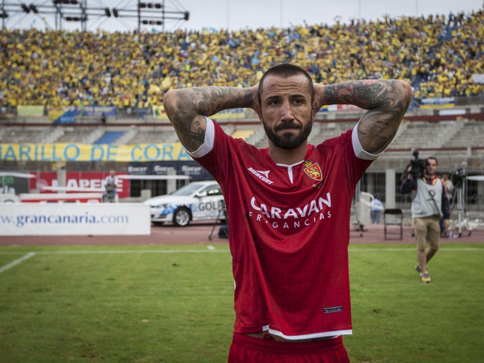 Mario se lamenta tras la derrota contra la UD Las Palmas