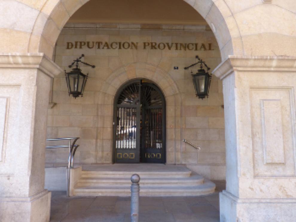 Fachada de la sede principal de la Diputación de Teruel.