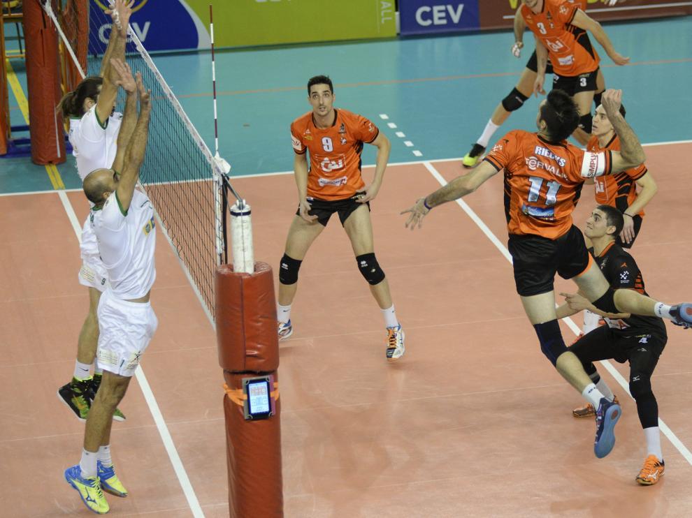 El CAI Teruel es el único representante español en la competición europea de voleibol.
